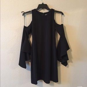 Vince Camuto cold shoulder bell sleeves dress